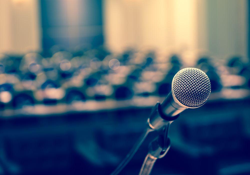 Dissémination en conférence